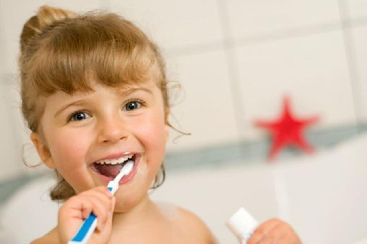 Astuces pour choisir la bonne brosse à dent pour vous
