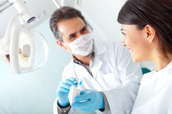 Votre dentiste du groupe API à Laval est un allier important pour votre santé.