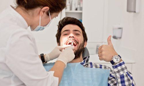 5 bonnes raisons de visiter son dentiste régulièrement
